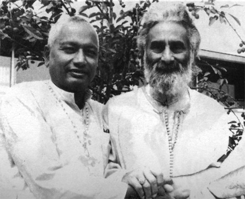 SiteFiles/photos/Swamai Venkatesananda With Pir Valayat Inayat Khan